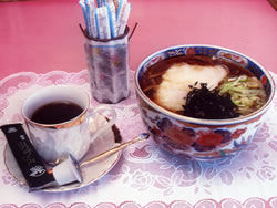 Tororo soba, coffee brewed with water from Nanayo-no-taki Falls, & kenchin-jiru soup